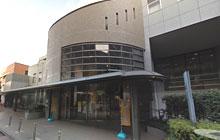 新宿区立大久保図書館