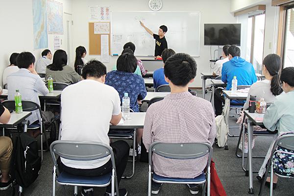 日本語科進学 1年6ヶ月コース